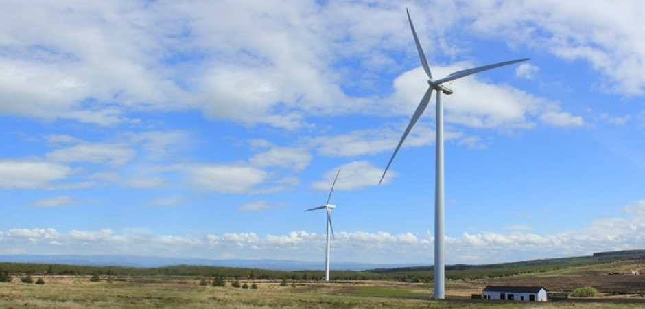 Dunmore-Wind-Farm-940